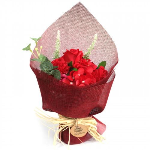 Buchet flori rosii din sapun, 30 cm